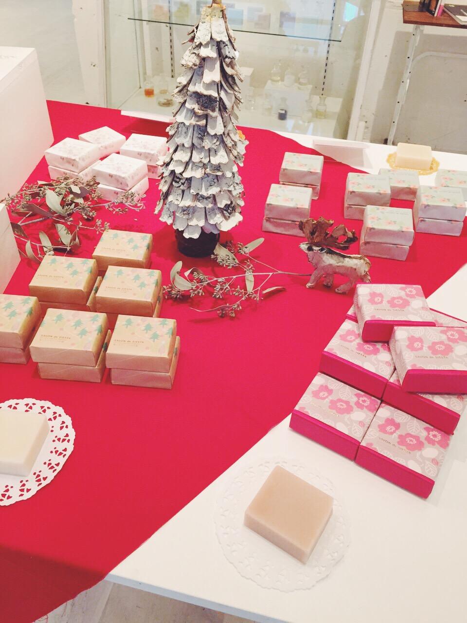 クリスマスの展示の様子